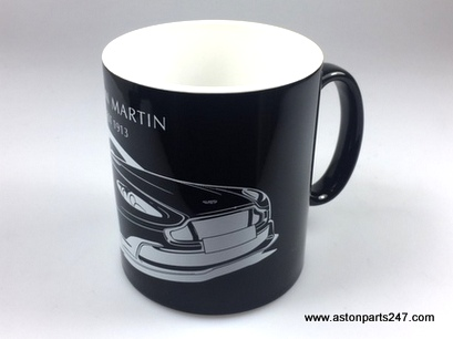 ASTON MARTIN 'V8 DISCHARGE' MUG – 27000185.