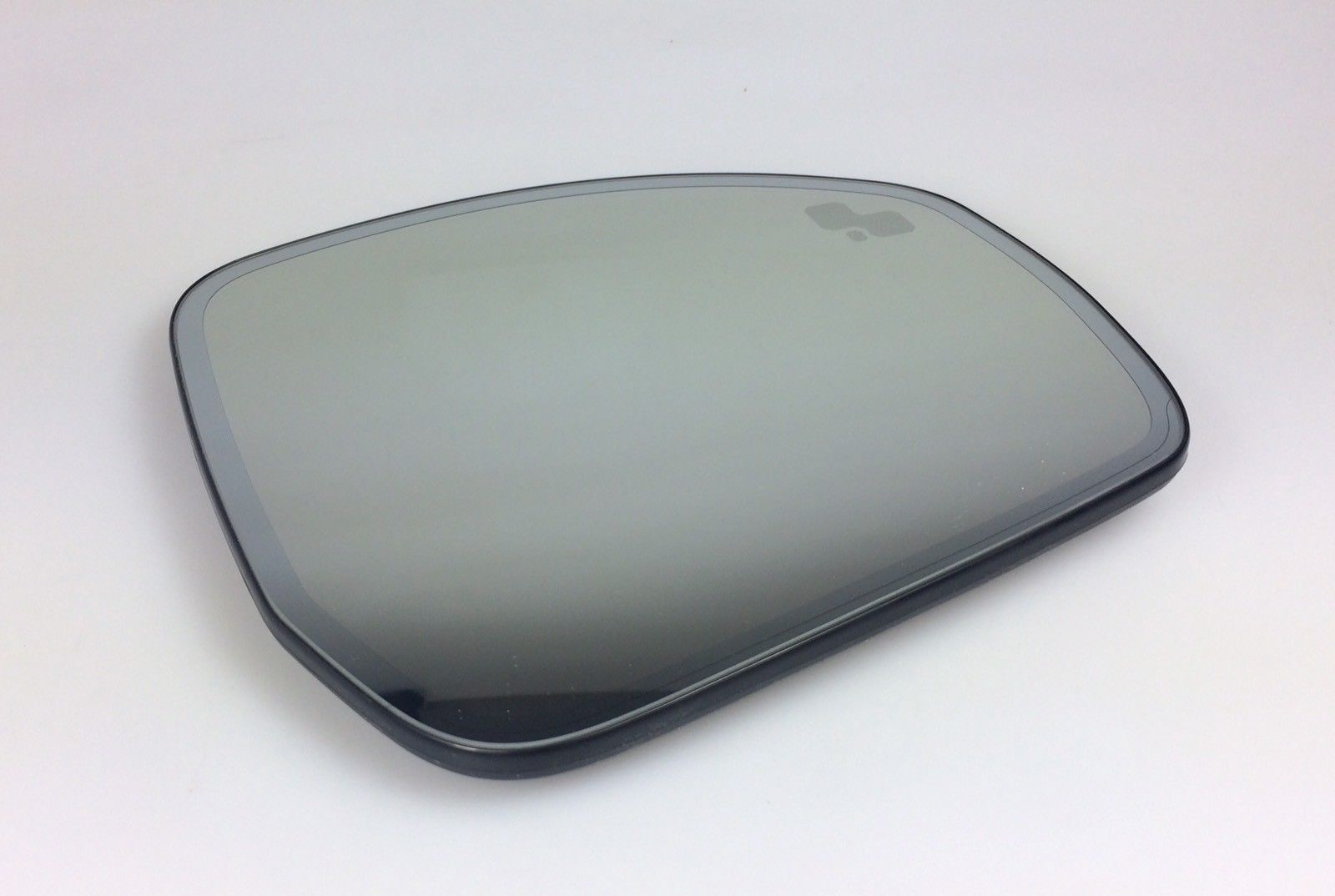 LAND ROVER DISCOVERY 5, RANGE ROVER SPORT & VOGUE DOOR MIRROR GLASS RH – LR035061.