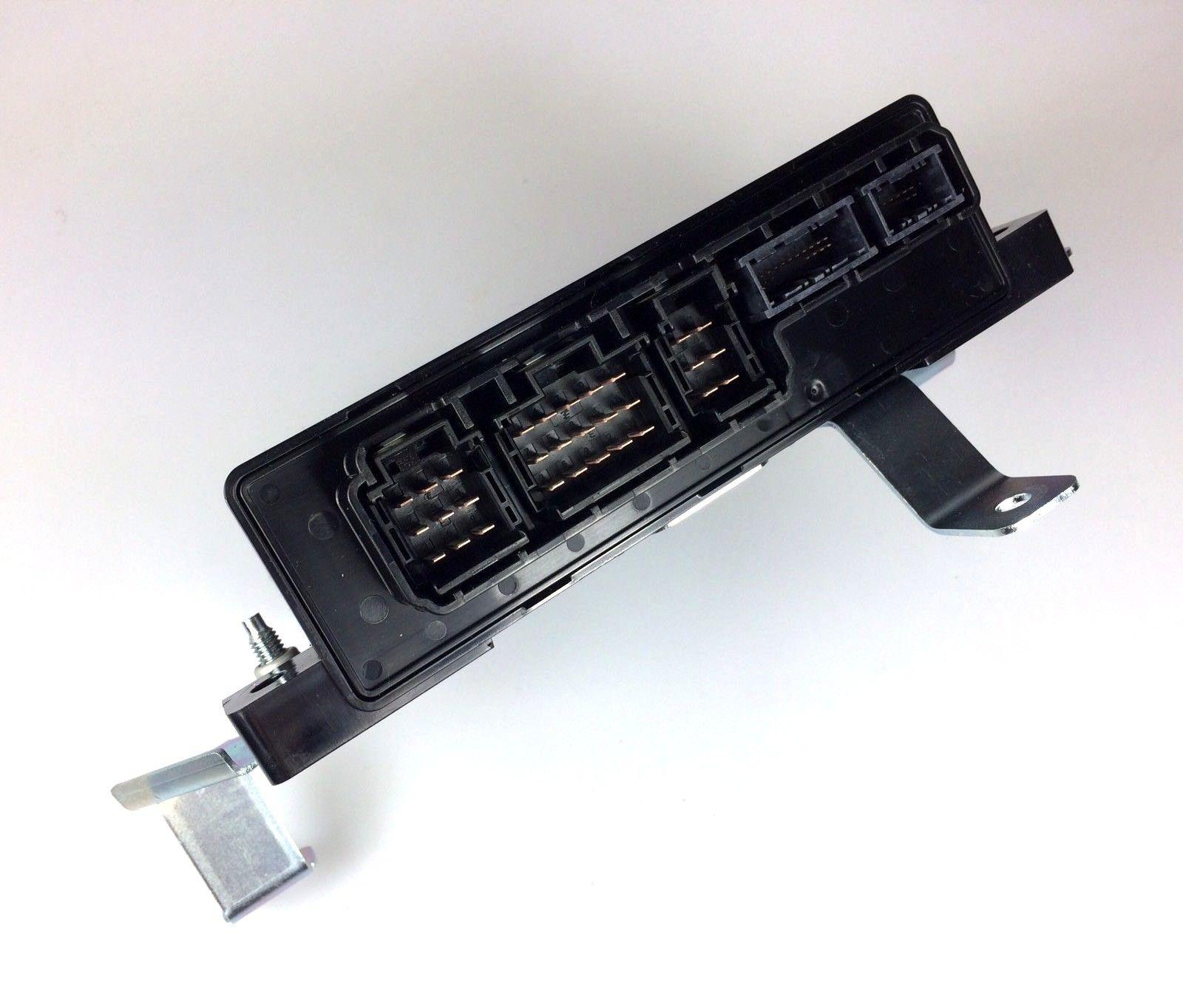 JAGUAR F-PACE DEPLOYABLE SIDE STEP ECU MODULE – T4A16372.